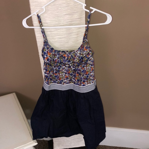 6 degrees Dresses & Skirts - 6 Degrees floral and navy dress